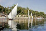 Bootsfahrt zu botanischen Gärten und St. Simon Kloster