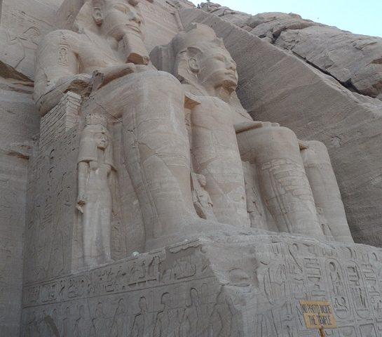Endagstur til Abu Simbel med fly