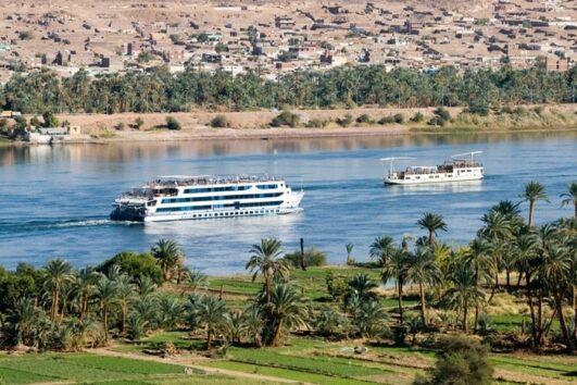 Luxury Nile cruise 15 days Cairo-Aswan